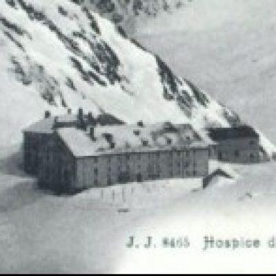 Logo de l'Expé Les Flolopapys à l'hôtel